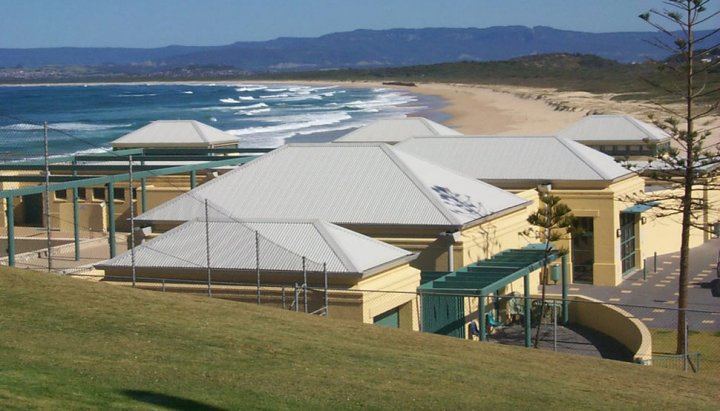 COLORBOND® steel Ultra Port Kembla baths