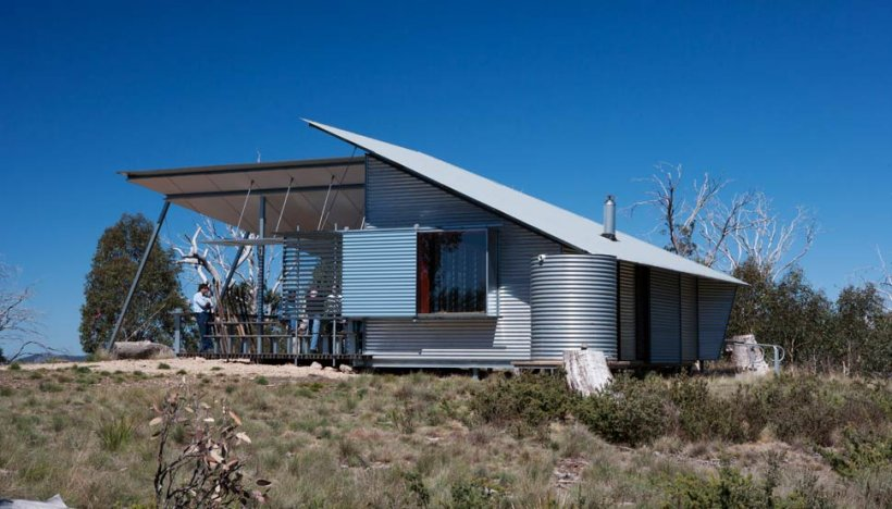 The Mt Franklin Visitors Shelter, with its environment-engaging exploded form, is anything but a typical bush hut.